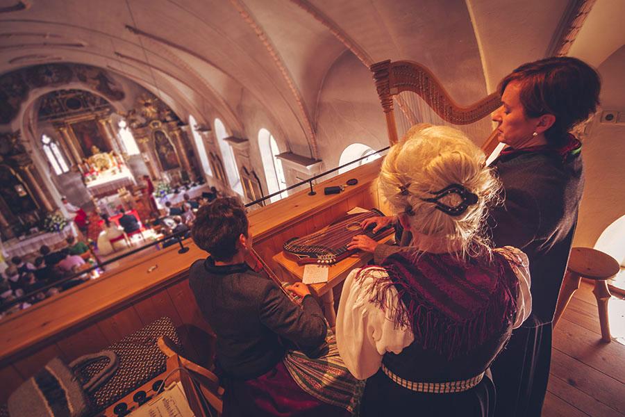 Cornelia und Franz Hochzeitsfotos Wallgau Bayern 42_2