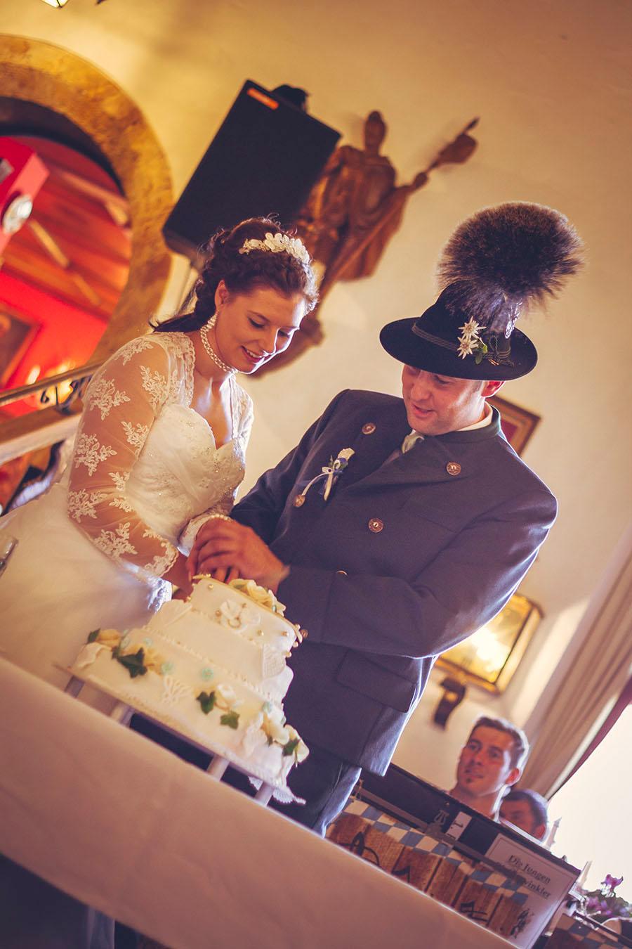 Cornelia und Franz Hochzeitsfotos Wallgau Bayern 57