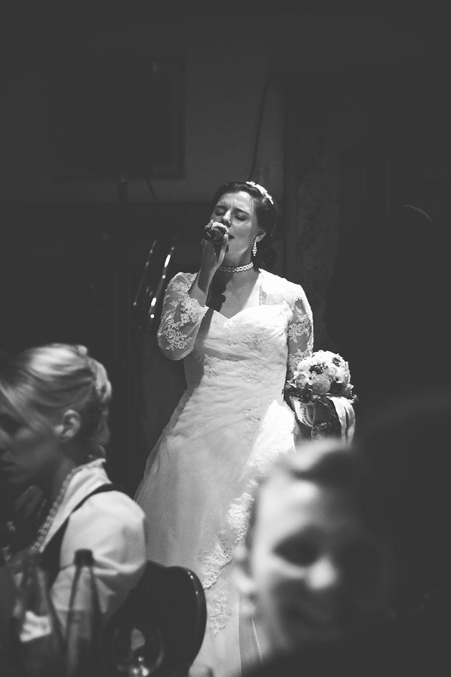 Cornelia und Franz Hochzeitsfotos Wallgau Bayern 74