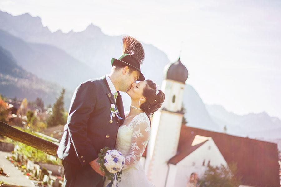 Cornelia und Franz Hochzeitsfotos Wallgau Bayern 75_26