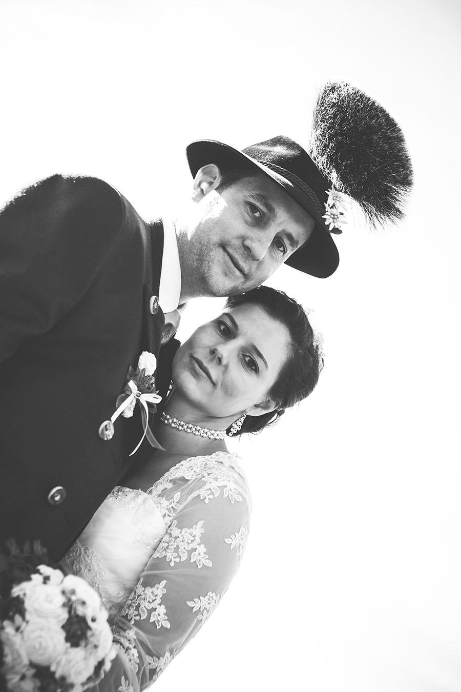 Cornelia und Franz Hochzeitsfotos Wallgau Bayern 75_27