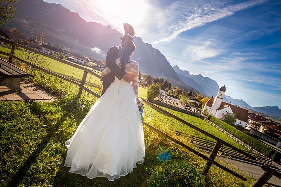 Cornelia und Franz Hochzeitsfotos Wallgau Bayern 75_28